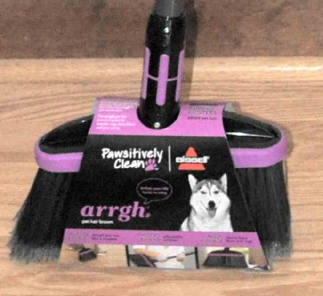 Bissell Arrgh Pet Hair Broom Pawsitively Clean Rug